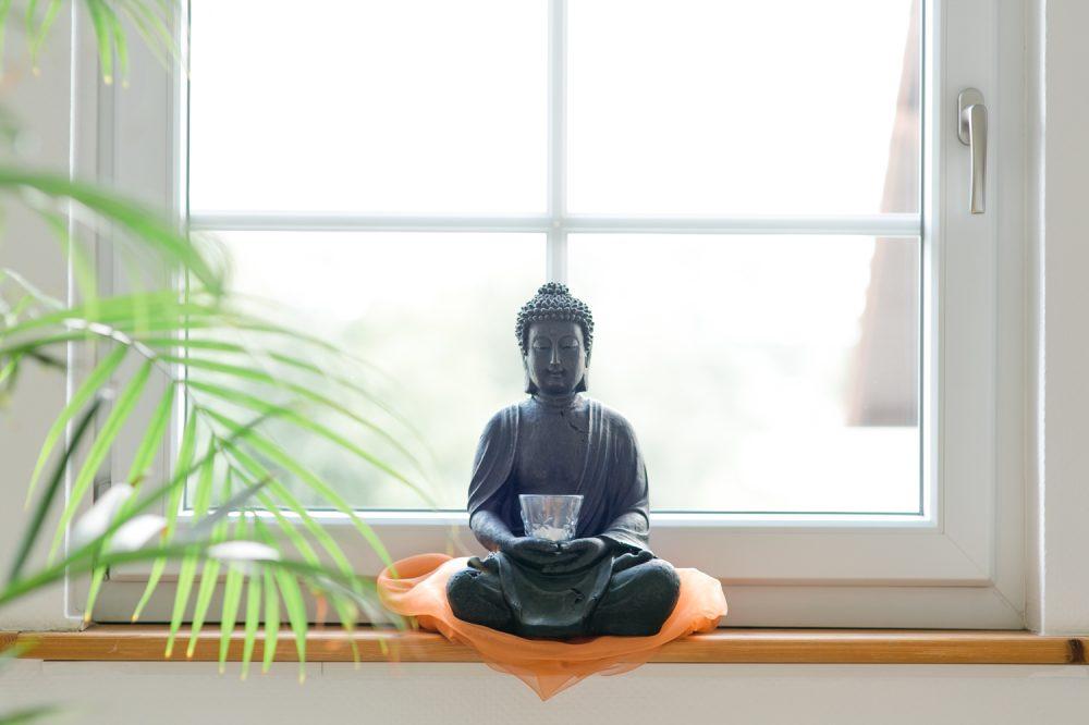 Budda im Fenster